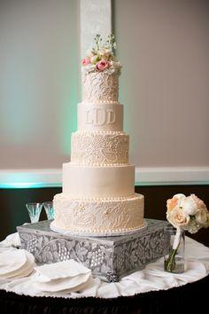 Sugar Bee Sweets Bakery • Dallas-Fort Worth Wedding Cake Bakery | Custom Wedding Cakes