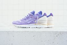Asics takes us to the French riviera with a pair dedicated to his colorful landscape with this great Asics Gel Lyte V Lavender.