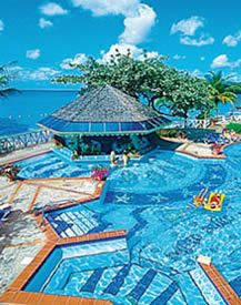 Wish I were in that pool right about now!! Alantis, Bahamas