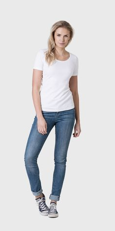 The White T-Shirt Co | 100% organic cotton | short sleeved scoop neck t-shirt