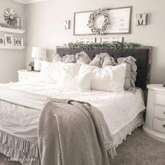 Are you searching for pictures for farmhouse bedroom? Check this out for cool farmhouse bedroom inspiration. This kind of farmhouse bedroom ideas seems totally terrific. Modern Bedroom, Home Bedroom, Bedroom Makeover, Bedroom Design, Farmhouse Bedroom Decor, Master Bedrooms Decor, Bedroom Decor, Home Decor, Remodel Bedroom