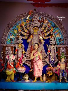 Durga Maa, Durga Goddess, Saraswati Murti, Durga Puja Kolkata, Artificial Garden Plants, Hindu Worship, Persian Architecture, Durga Images, Buddhists