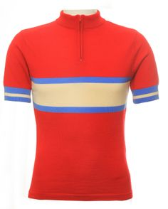 VeloVixen is the Home of Women's Cycling Kit. Through our brand new, state-of-the-art website, we hand pick a huge range of female cycling gear to help you make cycling a bigger part of your lifestyle. Womens Cycling Kit, Cycling Wear, Cycling Jerseys, Cycling Outfit, Cycling Clothing, Bike Wear, Bike Style, Short Tops, Jersey Shorts