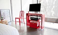Simply Loving: The Minimalist OneLess Office Set | The Minimalistas