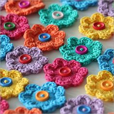 These simple and cute flowers are quick and easy to make. They are perfect as embellishments for your projects and/or as stan...