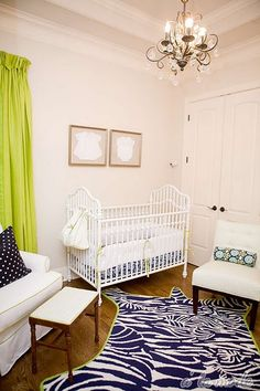 Nursery: love lime & navy color scheme!