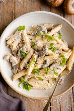 Easy and delicious creamy sausage and mushroom pasta. A quick Italian weeknight dinner that's super comforting. Top with parmesan and fresh parsley. Italian Pasta Recipes Authentic, Italian Dinner Recipes, Italian Sausage Pasta, Italian Pasta Dishes, Creamy Mushroom Pasta, Mushroom Sauce, Yummy Pasta Recipes, How To Cook Pasta, Food Dishes