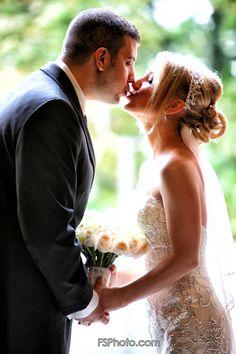 Wedding Photography - Bride and Groom Photography Ideas, Wedding Photography, Groom, Bride, Board, Wedding Shot, Grooms, Wedding Bride, The Bride