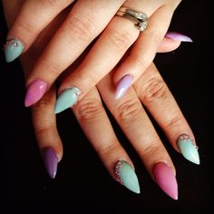 Pastel sculpted acrylic nails