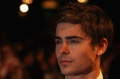 zac is so helplessly adorable............ <3