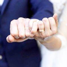 n est complètementaire ❣️😍 j'adore cette photo ! 💍#wedding #weddingday #bride #bridesmaid #fun #party #beautifulbride #congratulations