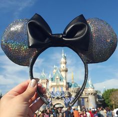 Hey, I found this really awesome Etsy listing at https://www.etsy.com/listing/270398755/minnie-ears-holographic-with-faux