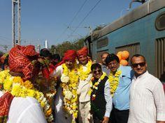 1200 #Agrabandhu #World_Record #5_Tirthsthal #Rajisthan_Yatra #Golden_book #indore #agrawal_samaj #agradunia #news goo.gl/wTUQFt
