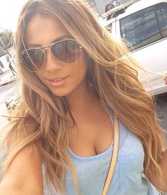 Inspiration for my next hair salon visit? Check! Jessica Burciaga nailed the perfect hair color for Summer 2014!
