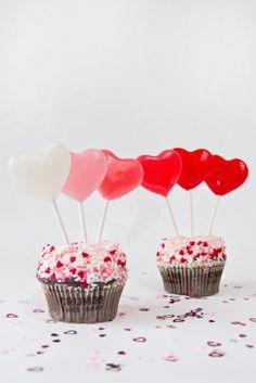 Easy Heart Lollipops  {Studio DIY}