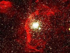 Se pueden seguir encontrando cúmulos globulares de tan sólo 40 millones de años de antigüedad en la vecina galaxia LMC, pero quizá ninguno tan inusual como NGC 1850.