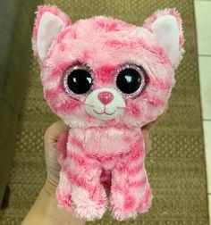 Ty Beanie Boo Prototype Cat on Mercari Beanie Baby Bears, Beanie Babies, Ty Beanie Boos Collection, Ty Stuffed Animals, Ty Toys, Cute Beanies, Baby Pugs, Monster High Custom, Cat Makeup