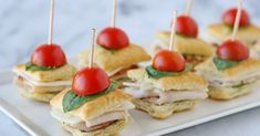 50 Afternoon Tea Recipes - from finger sandwiches, and savoury tarts, to scones, and more! All the recipes you will need to host an afternoon tea party! Toothpick Appetizers, Appetizer Recipes, Samosas, Empanadas, Recipes Using Puff Pastry, Tee Sandwiches, Turkey Sandwiches, Homemade Raspberry Jam, Mini Sandwiches