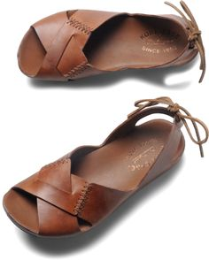 I have Kork-ease in the Myrna style - I love - so comfy. Next time I'm getting these!