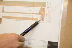 #Handwerkskunst und Technik / #craftsmanship in a modern environment - Tischlerei Radaschitz GmbH Grid, Cutting Board, Modern, Technology, Knowledge, Projects, Trendy Tree, Cutting Boards