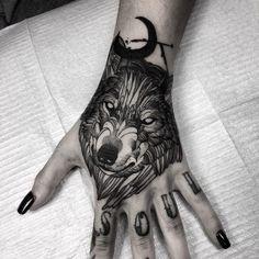 Davo take # take - diy tattoo project Head Tattoos, Love Tattoos, Beautiful Tattoos, Body Art Tattoos, Tattoo Drawings, Woman Tattoos, Wolf Tattoos For Women, Hand Tattoos For Women, Santas Tattoo