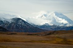 Looking back at this photo I took of Denali a few years ago makes me want to get back into photography again. [OC] [1000x665]