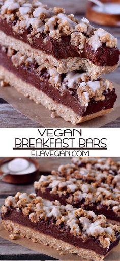 These Oat Breakfast Bars Are Vegan Gluten-Free Oil-Free Refined Sugar-Free Healthy Vegan Breakfast, Healthy Vegan Desserts, Healthy Bars, Vegan Dessert Recipes, Vegan Sweets, Vegan Foods, Vegan Snacks, Gourmet Recipes, Oats For Breakfast