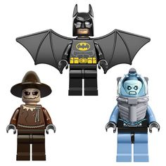 LEGO Reveals 2013 LEGO Minifigures at Comic-Con 2012 : Batman, Poison Ivy, Mr. Freeze, Scarecrow, Bane, Aquaman, Gordon, Joker, Penguin, Dr. Doom, a Guard, Harley, Robin, Jonah, Beetle, Nova, Nick Fury, Spider-Man, and Venom.