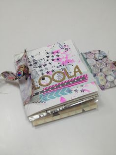 Summertime e-course with Janna Werner: mini album by Iva - http://scrapipebre.blogspot.com.es