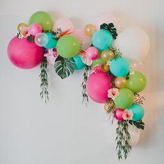 Let's Flamingle Banner, Bachelorette Party Banner, Tropical Party Decor, Flamingo Party, Last Flamingle Bridal Shower - ankakusu Love Balloon, Balloon Garland, Balloon Decorations, Balloon Crafts, Balloon Ideas, Tropical Party Decorations, Balloon Balloon, Balloon Designs, Balloon Display