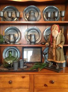Nice collection of pewter & Santa too....