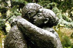¿Cuándo llega el perdón a tu vida? Encuentra la respuesta en: http://www.reikinuevo.com/cuando-llega-perdon-vida/