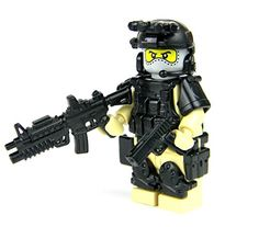 Army Special Forces Tan Heavy Assault Commando Minifigure- Army Special Forces Heavy Assault Commando This sale is for 1 Custom LEGO® Army Special Forces Heavy Assault Commando with full combat gear! Made with REAL LEGO® and high quality cust Lego Ww2, Lego Army, Lego Custom Minifigures, Lego Minifigs, Custom Lego, Custom Trucks, Legos, Steampunk Lego, Nerf Accessories