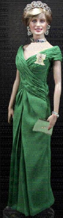 Diana in green dress