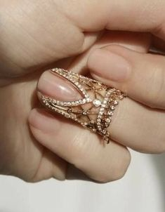 Nails Wedding Sparkle Bride Ideas For 2019 - diamond jewellery - Hand Jewelry, Body Jewelry, Jewelery, Jewelry Accessories, Jewelry Necklaces, Jewelry Design, Jewelry Shop, Jewelry Making, Stylish Jewelry