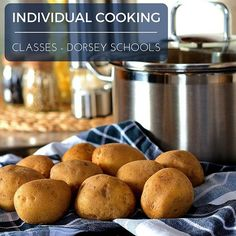 Want to learn some new #recipes or #cooking #techniques to be able to provide your friends and/or family some great tasting #food? Whether for a group of your friends or for just you and your partner our classes can teach you #kitchen tips and tricks!