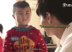 (TT^TT) Kris why must you be so good with kids?!?! It's not fair!!!
