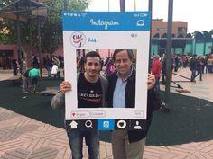 @nietovictor89 ayer en la #8feriasociativaCJA junto al alcalde de Alcobendas vistiendo con nuestra firma @ee_exclusive www.eeexclusive.com  La ropa cubre lo que eres y descubre lo que quieres ser.