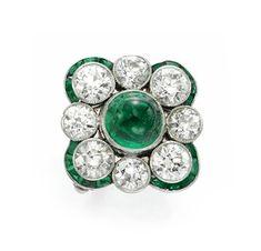 An Art Deco Diamond and Emerald Ring, circa 1925. Via FD Gallery, www.fd-inspired.com