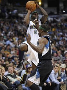 Which #NBA player made 10 consecutive 3-point field goals to start a game? FREE DL www.nbabasketballquizgame.com?utm_content=buffer92ed4&utm_medium=social&utm_source=pinterest.com&utm_campaign=buffer