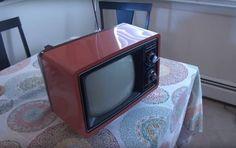 Televisi Jadul Tahun 70-an ini Disulap Menjadi Mesin Chromecast