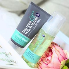 Have you tried the Tea Tree & Witch Hazel range from @bootsuk I have just reviewed it #ontheblog