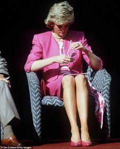 Diana Fashion, Royal Fashion, Princess Tattoo, Princes Diana, Princess Of Wales, Pink Princess, Princess Party, Disney Princess, Donna Dewberry