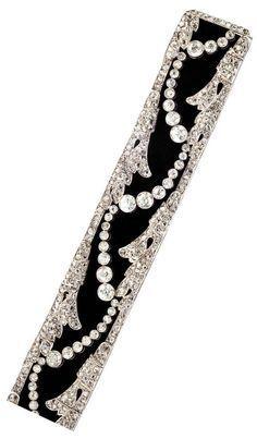 Art Déco Velvet Platinum Diamonds Choker/Bracelet Circa 1930