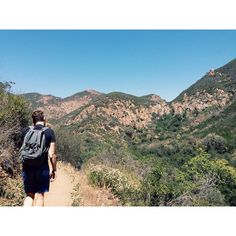 Walking along the edge of the mountain, at around 2,500 ft, all you can smell is wild jasmine, morning glory, and hyacinth. Point mugu state park