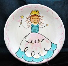 Cute idea to build around a handprint for a little girl....would probably use a bit darker paint to make sure the fabulous print did not get lost or over-shadowed BUT amazing!