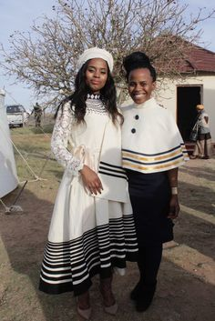 Latest 25 Traditional Xhosa Dresses Wedding For The Bride 2018 African Fashion Designers, Latest African Fashion Dresses, African Men Fashion, African Print Dresses, Africa Fashion, African Dress, African Clothes, African Wedding Attire, African Attire