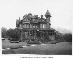 Seattle Public Library, Seattle, ca. 1899 :: Museum of History and Industry Washington State History, Seattle Washington, Pacific Coast, Pacific Northwest, West Coast, Things To Do Seattle, Hello Seattle, Victorian Photos, Victorian Gothic