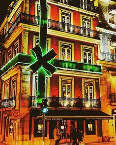 Natal em Lisboa. Xmas in Lisbon #regram @carlos_t_carvalho #natal #xmas #lisboa #lisbon #portugalguide #portugal #night #photography #trip #travel #visitportugal #igersportugal #europe