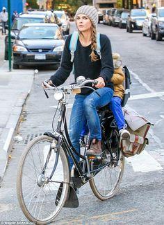 #kerirussell #bicycle #hotbikemom